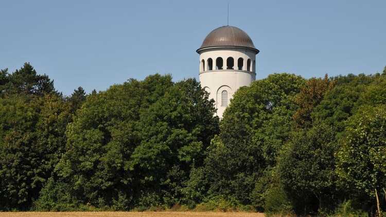 Taurasteinturm Burgstädt - P. Georg Roß