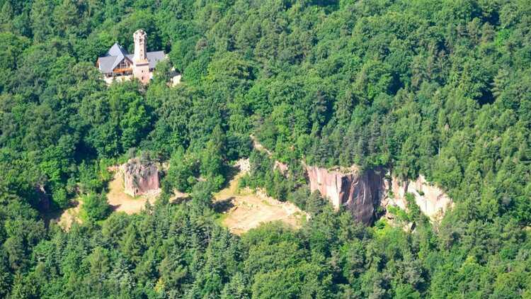 Aussichtsturm auf dem Rochlitzer Berg - P. Georg Roß