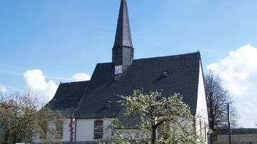 Kirche Claußnitz - Foto: HVV
