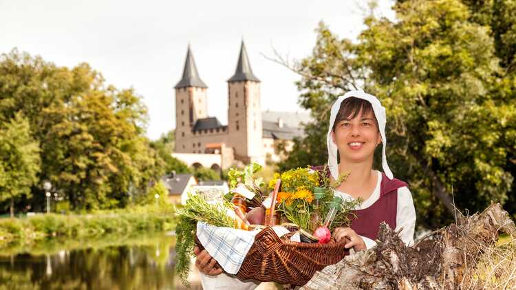 Gästeführerin Ines Keller - Foto: Dirk Rückschloß, BUR-Werbung